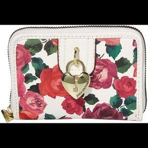 🌹 NWT Juicy Couture Charm School Wallet